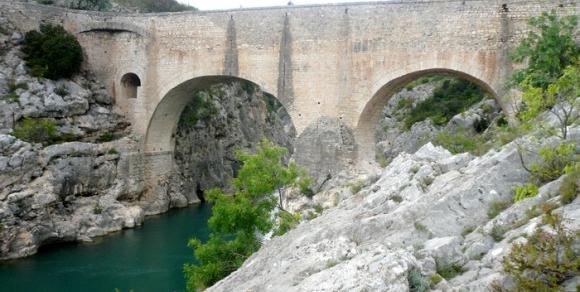 Pont du Diable - Hérault, le Languedoc © Photothèque Hérault Tourisme - S. Lucchese